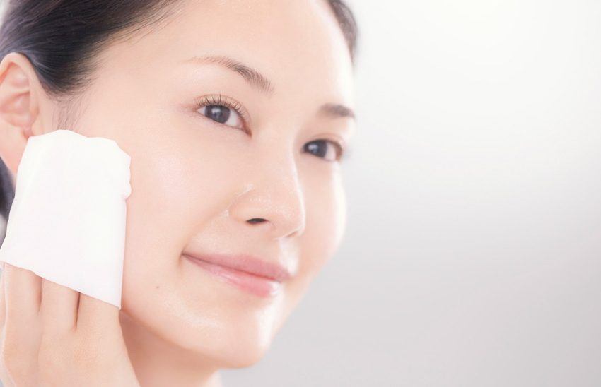 Cách chăm sóc da nhờn mùa hè bất chấp cái nắng gay gắt